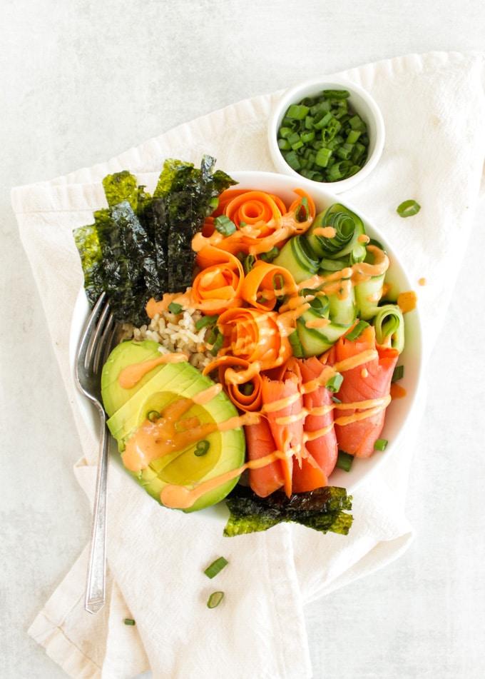 Bowls de Sushi de salmão fumado