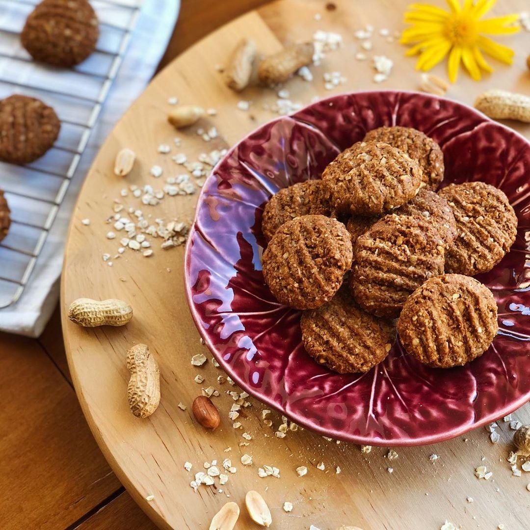 Biscoitos de Aveia e Amendoim