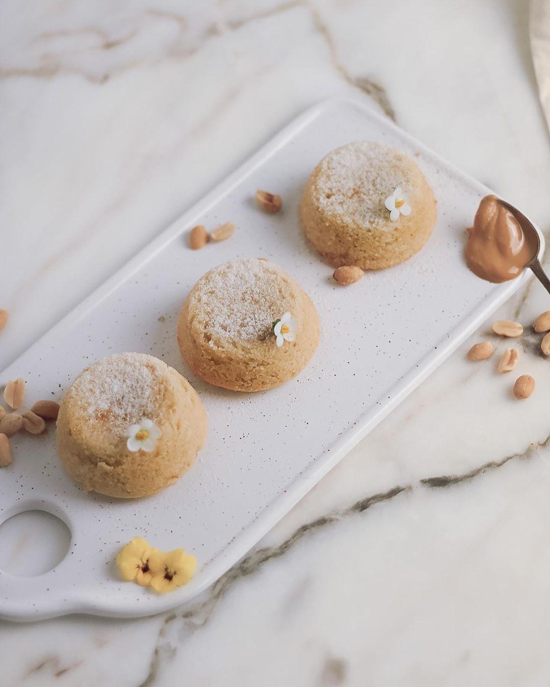 Petit Gateau de Manteiga de Amendoim