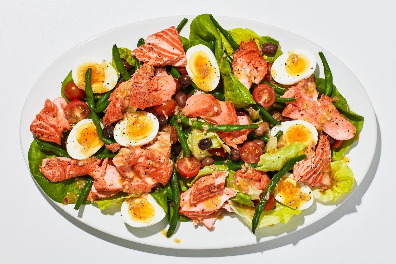 Salada de Salmão e Ovo