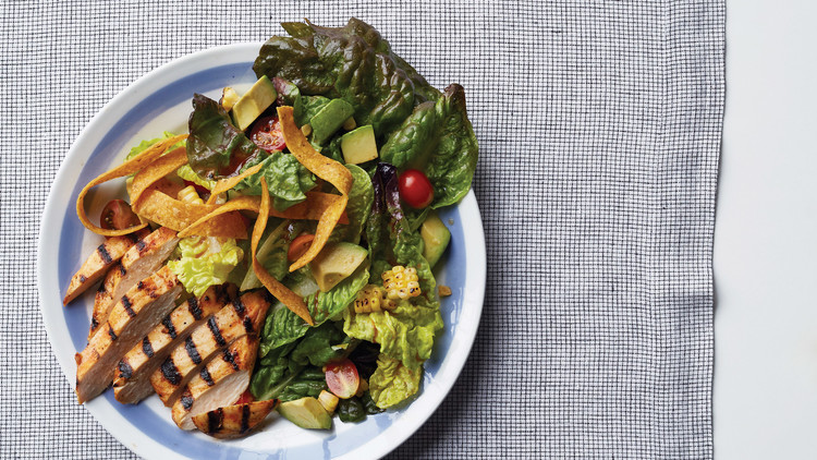 Salada de Frango e Veggies Grelhados