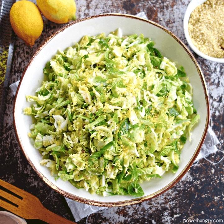 Salada de Couve de Bruxelas e Limão