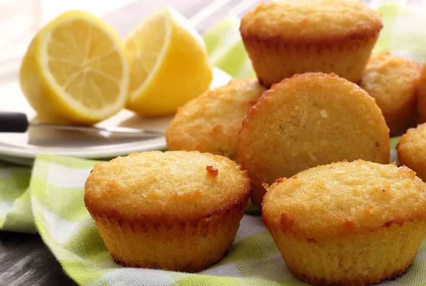 Muffins Paleo de Limão e Coco