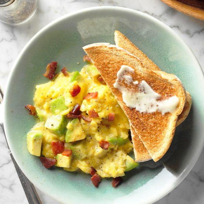 Ovos Keto com Abacate