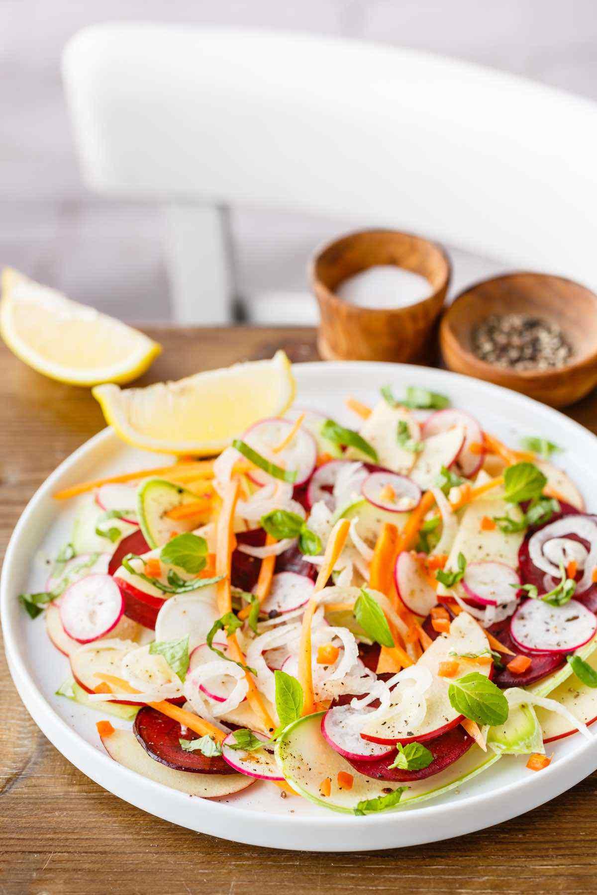 Salada Fresca e Crocante de Vegetais