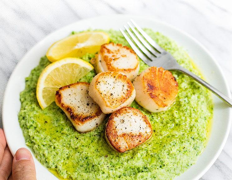 Vieiras Salteadas com Puré de Brócolos