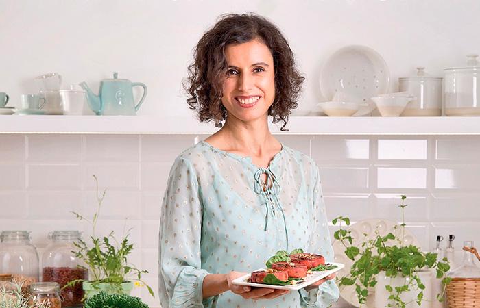 Gabriela Oliveira @academia.vegan